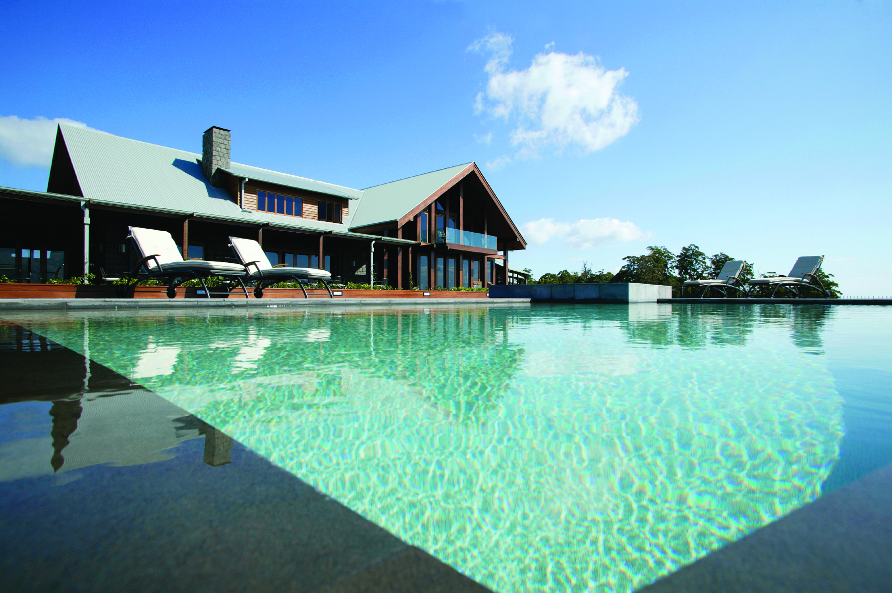 Spicers-Peak-Lodge_Scenic Rim_Infinity-pool - Click to view larger version