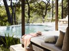 Pretty-Beach-House_Bouddi-Peninsula_Hideaway-Daybed - Click to view larger version