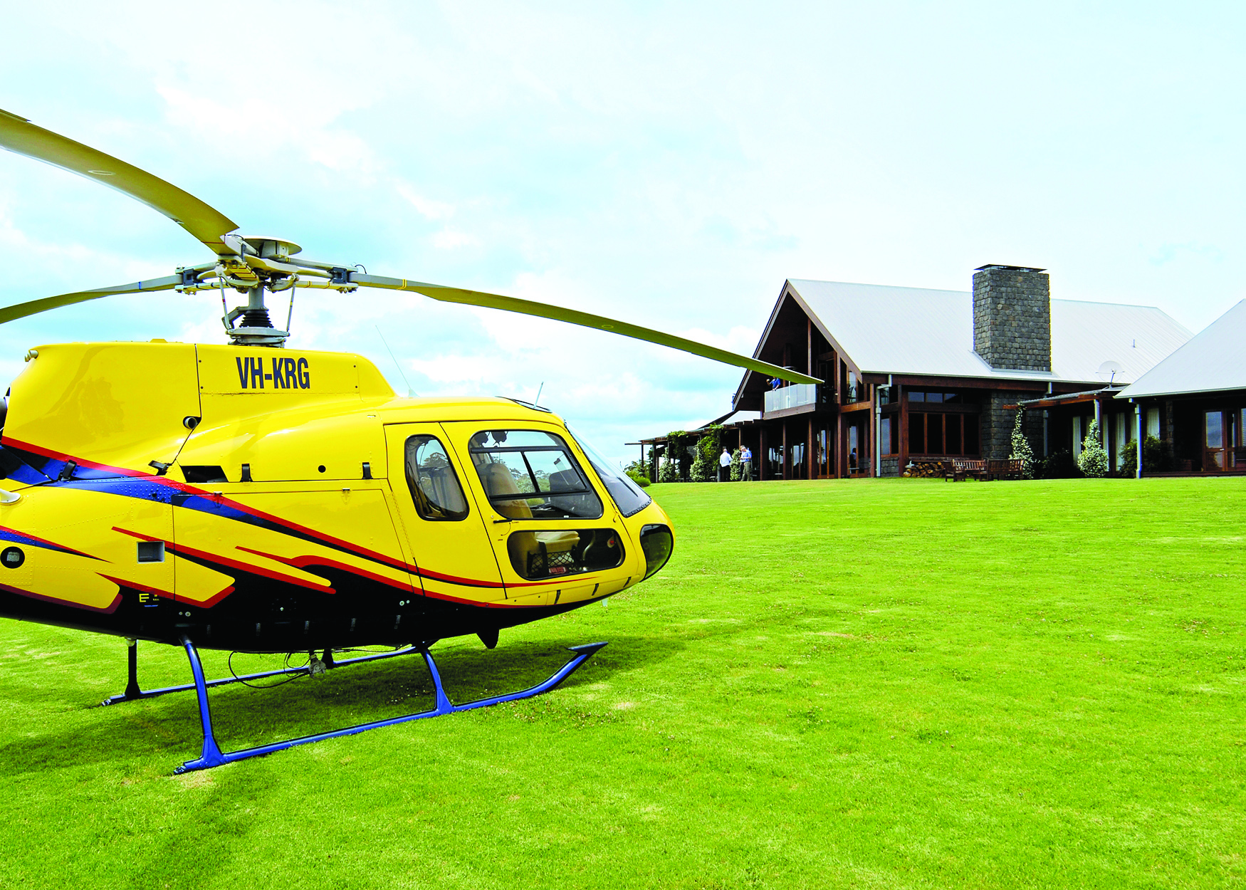 Spicers-Peak-Lodge_Scenic-Rim_Helicopter-Arrival - Click to view larger version