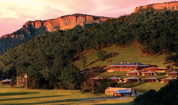 Emirates-One&Only-Wolgan-Valley_Blue-Mountains_Dusk680x400