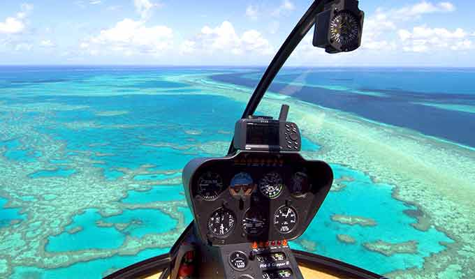 qualia_Great-Barrier-Reef_Aerial-Reef-Helicopter680x400
