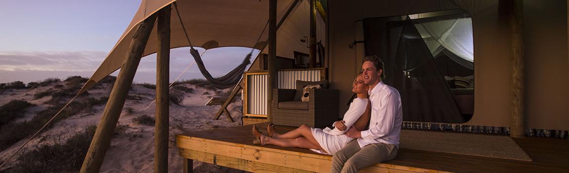 Sal-Salis_Ningaloo-Reef_Couple-Honeymoon1150x350 - Click to view larger version