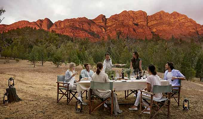 Arkaba_Flinders-Ranges_Elder-Camp-Dinner680x400