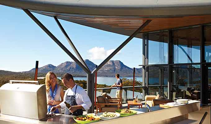 Saffire_Freycinet_BBQ-lunch680x400