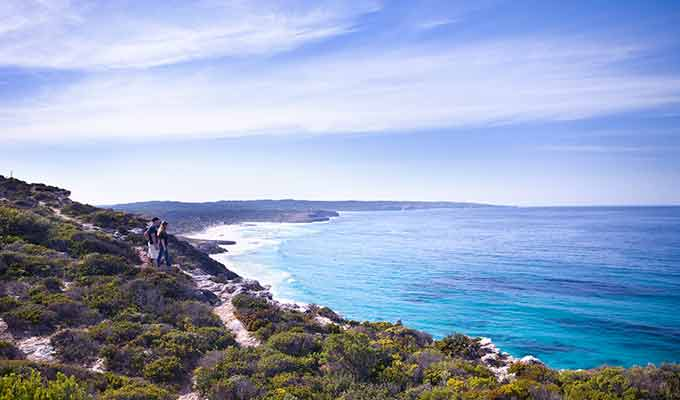 Southern-Ocean-Lodge_Kangaroo-Island_Cliff-walk680x400