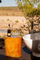 El-Questro-Homestead_The-Kimberley_Bath-Deck-Champagne - Click to view larger version